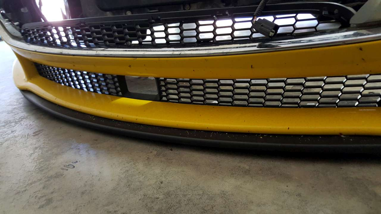 2016-05-10 17.14 - New front grill